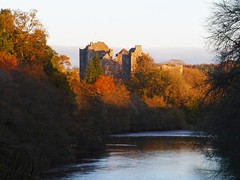 Doune Castle (Niall Corbet) Tags: scotland stirlingshire doune castle river autumn teith ivanhoe montypython holygrail winterfell gameofthrones castleleoch outlander