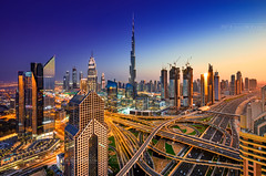 _MG_8749_web - Where the day meets the night (AlexDROP) Tags: 2017 uae emirates dubai travel tower panoramic architecture color city urban sunset light night skyline scape bluehour canon6d ef16354lis best iconic famous mustsee picturesque postcard longexposure collage