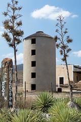 4Y4A4474 (francois f swanepoel) Tags: afwit afwitkalk arch architecture argitektuur beton calitzdorp concrete granary groenfontein groenfonteinvallei groenfonteinvalley kalk landscape landskap noordkaap northerncape scenics silo whitewash swartbergmountains swartberg