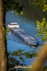 Framend Neckarsteinach Ship (sashahasha) Tags: trees water river germany deutschland wasser waves ship hessen bume schiff neckar wellen flus neckarsteinach neckarschiff sashahasha