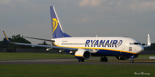 Ryanair 737-800 (175 New Boeing Ordered) Logo