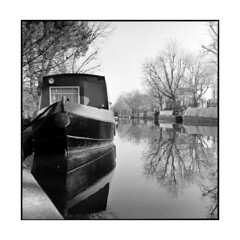 boats • london, england • 2013 (lem's) Tags: venice england london rolleiflex boats canal little bateaux angleterre 35 planar peniches