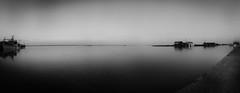 (Jrme Dupont) Tags: monochrome port eau noiretblanc 17 crpuscule cabane matin panoramique pche ocan latremblade bteau charentemaritime laseudre