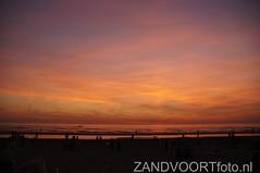 DSC04064 (ZANDVOORTfoto.nl) Tags: sunset sea sky beach netherlands clouds strand coast photo foto dunes nederland noordzee sunny zee shore northsea alive lucht duinen zon zandvoort aan niederlande ondergaande beachlive zandvoortfotonl zandvoortfoto zandvoortphoto