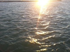 20130803_201855_cr (Bella C T Wong) Tags: sunset lighthouse st waves catherine lakeontario portdalhousie