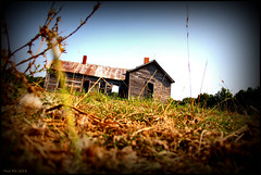 Mouse Eye View (Nux Pix (Home Treating a Tough Knee Injury)) Tags: house abandoned rural canon pix farm missouri ruraldecay knoxcounty nux 60d nuxpxix