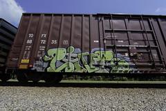 Link (Revise_D) Tags: railroad art graffiti revise link graff tagging freight revised trainart fr8 benching fr8heaven revisedesigns revisedeigns revisedesign fr8bench