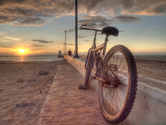 Bicla (Plumerio Pipichas) Tags: bicycle méxico bicicleta celestún yucatán bici hdr zd challengeyouwinner ltytr1 plumeriopipichas 1260mm cyunanimous