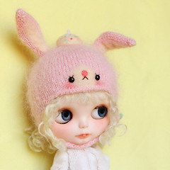 bunny hat for blythe
