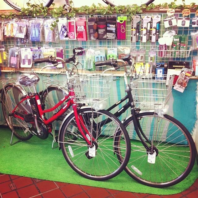 こちらは学生向き電動アシスト自転車!ViViバディ赤と黒が入荷です! #eirin #panasonic #電動アシスト自転車 #vivi #ViVibuddy