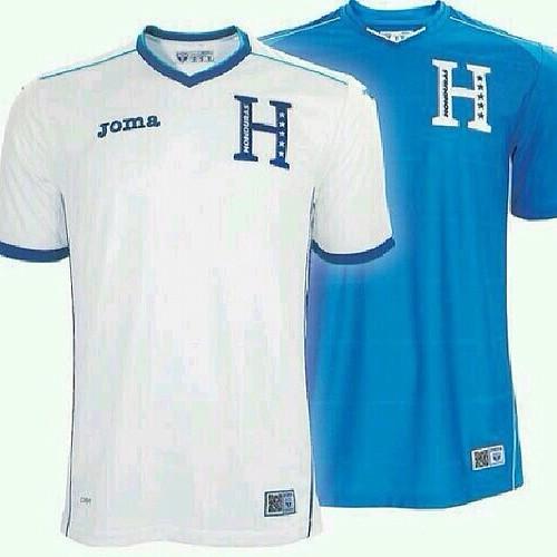 esta es la nueva camiseta que Honduras utilizará en el mundial de Brasil  2014 ¿que b22f78349afa8