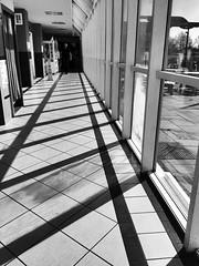 Gwasanaethau / Services - M6, Charnock Richard (Rhisiart Hincks) Tags: blackandwhite duagwyn modern adeiladouriezh architecture pensaernïaeth shadows skeudoù dubharan cysgodion traffordd motorway gourhent servijoù services gwasanaethau charnockrichard england lloegr sirgaerhirfryn lancashire gwennhadu dubhagusgeal dubhagusbán zuribeltz czarnobiałe blancinegre blancetnoir blancoynegro اسودوابيض، bw zwartenwit mustajavalkoinen crnoibelo černáabílá schwarzundweis feketefehér melnsunbalts juodairbalta negrușialb siyahvebeyaz črnoinbelo черноеибелое чорнийібілий 黒と白 黑与白, arkitektura tisavouriezh ailtireachd pennserneth