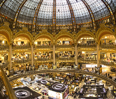 PARIGI. (FRANCO600D) Tags: parigi paris france negozio grandimagazzini galerieslafayette lafayette moda cupola architettura archi magazzino store fotocomposizione canon eos600d sigma franco600d