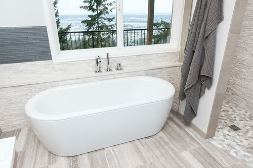 Luray Terrace Bath 001