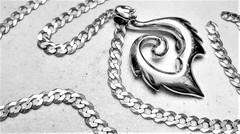 (DeZ - light painter) Tags: necklace silver macro monochrome bnw bw blackandwhite lg5 dez hdr guelph canada design details