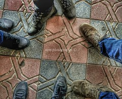 Real friends are hard to find (Mm_photography16) Tags: foot nike airmax elite timberland trade compositions mmphotography