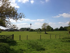Fringford and Hethe (Phil Mercer) Tags: uk greatbritain england sunshine countryside walk oxfordshire fringford larkrise philmercer hethe thebutchersarms uploaded:by=flickrmobile flickriosapp:filter=nofilter