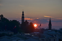 Sunset over Salzburg (echumachenco) Tags: sunset sun salzburg church clouds austria evening abend sonnenuntergang kirche wolken steeple sonne musictomyeyes kirchturm österreich nikond3100 mülln