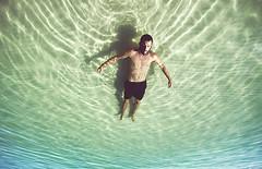 Techo de oficina (Ibai Acevedo) Tags: en relax mar sand suiza oz sunny australia playa arena balsa cuenta whit sundays cenital