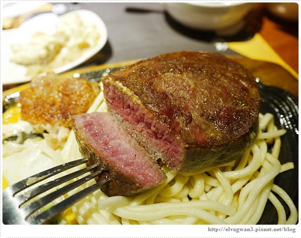 [士林夜市]  角頭炙燒牛排 — 士林陽明店新開幕,創新多口味醬料好特別