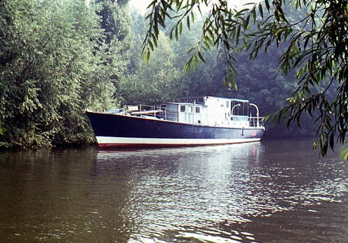 riverthames motorboat motoryacht boatsandships rivercruisers