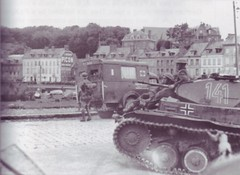 "PzKpfw II (12) • <a style=""font-size:0.8em;"" href=""http://www.flickr.com/photos/81723459@N04/10183716376/"" target=""_blank"">View on Flickr</a>"