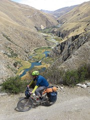Pedalling along the Rio Cañete