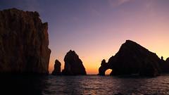 The Arch, Cabo San Lucas (Ars Clicandi) Tags: california sunset pordosol sol mexico cabo san rocks do day arch lucas clear bajacalifornia baja arco por cabosanlucas rochas duetos