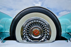 Cadillac (Ron Jansen - EyeSeeLight Photography) Tags: color detail classic car wheel metal vintage shiny bright sweden cadillac spare tyre res reso