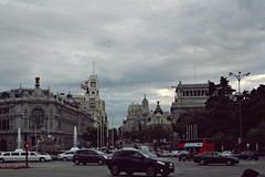 Madrid (Lady-Drama) Tags: madrid city espaa canon spain capital ciudad trfico castellana cibeles coches texto alcal relato metrpolis 1000d