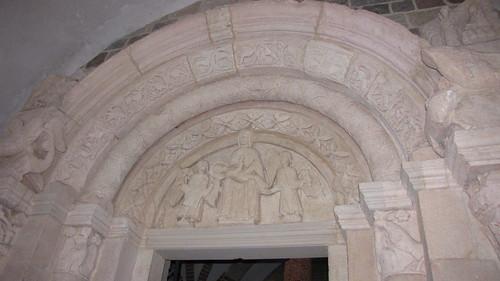 Kolegiata w Tumie - romański portal