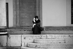 To be free (the bbp) Tags: street bw woman white black religious donna strada sarajevo bosnia islam religion streetphotography bn mosquee bianco nero moschea religione thebbp