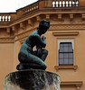 "Statue <a style=""margin-left:10px; font-size:0.8em;"" href=""http://www.flickr.com/photos/78486882@N04/11997818476/"" target=""_blank"">@flickr</a>"
