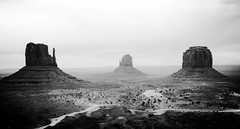 Monument Valley (pegase1972) Tags: us usa monumentvalley desert navajolands unitedstates explore explored