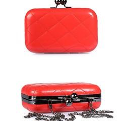 กระเป๋าคลัช แฟชั่นเกาหลีสายโซ่ออกงานทรงแข็งถือก็หรูรุ่นใหม่ นำเข้า สีแดง - พร้อมส่งIS501 ราคา650บาท กระเป๋าคลัช กระเป๋าออกงาน แบบถือคลัชออกงานสไตล์อินเทรนด์แบบถือหรือสะพายแบบสายยาวก็สวย ทรงแข็ง ทำด้วยหนังสังเคราะห์พรีเมี่ยมสวยหรูหรามาก สวยโซ่จะสะพายแบบยาว