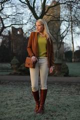 IMG_5146 (AndyMc87) Tags: fashion model blond sunrise rüsselsheim park frost burg ruin winter canon eos 550d