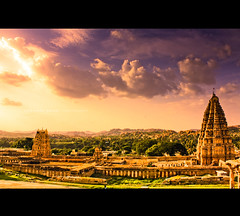 Virupaksha Temple. Hampi (SiddharthDasari) Tags: world sunset india heritage history architecture temple ruins rocks kingdom historic unesco shiva hampi hospet virupaksha tungabhadra krishnadevaraya vijayanagara