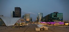 Esplanade at Dusk (Mike Franks) Tags: paris france shopping ladefense 1635mm esplanadedeladefense