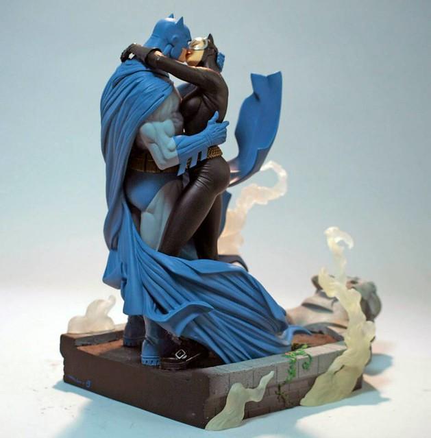 蝙蝠俠經典名作【HUSH】蝙蝠俠與貓女之吻 雕像