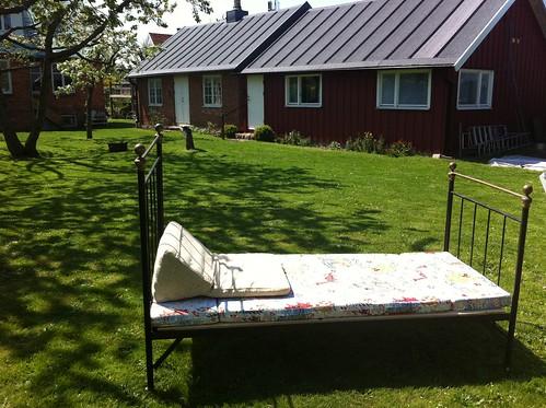 Ernsts Hus - relax in our garden/koppla av i trädgården