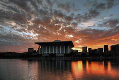 Sunrise @ Sultan Mizan Mosque Putrajaya (Sham_ClickAddict) Tags: stunningphotogpin bestphoto4gpinaug2011