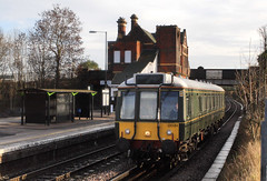 And not much time to move around either...note: the bush has bin modified..... 5Z21 W55034/121034 09-25 Tyseley-Tyseley via Walsall + Coleshill.... Water Orton 10-01-2014 (the.chair) Tags: road via learner 5z21 tysleytyseley walsallcoleshill w55034121034