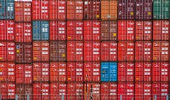 heavy freight (bernd obervossbeck) Tags: hamburg container containership freight hamburgerhafen hamburgharbour containerschiff frachtschiff fracht mygearandme