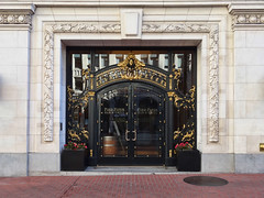 Pied Piper Entrance (Atelier Teee) Tags: sanfrancisco california terracotta entrance atelierteee terencefaircloth piedpiperbargrill