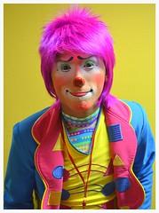DSC_0043 (Gloria Pardo) Tags: lima streetphotography clowns payaso klovn pitre payasos fotografiadocumental streetclowns fotografiaperuana gloriapardo payasosperuanos tonyperejil peruvianclowns httpswwwflickrcomphotosgloriapardosets