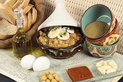 (hummus.refi) Tags: restaurant beans restaurants bean madina saudi arabia jeddah falafel liver saudiarabia hummus  yanbu  saudia         almadina  refi              hreficom  hrefi hummusrefi