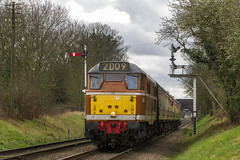 Class 31 No. D5830 at Loughborough (Kev Gregory) Tags: class 31 no d5830 heads towards loughborough with 2d09 1107 service out rothley brook during first day great central railway spring diesel gala 18th march 2017 kev gregory sigma 50500 50 500 zoom telephoto bigma british rail gcr heritage preserved line