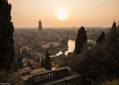 Verona. (Eugercios) Tags: verona italia italy sunset pôrdosol atardecer cityscape ciudad city cidade europa europe river rio
