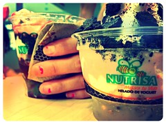 Helado suave! (Yovannyspy) Tags: blueberry oreo granola helado nueces nutrisa uploaded:by=flickrmobile flickriosapp:filter=flamingo flamingofilter nutrisagaleriasvallarta