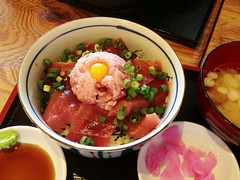 (DigiPub) Tags: explore tuna donburi    japanesecuisine ricebowl